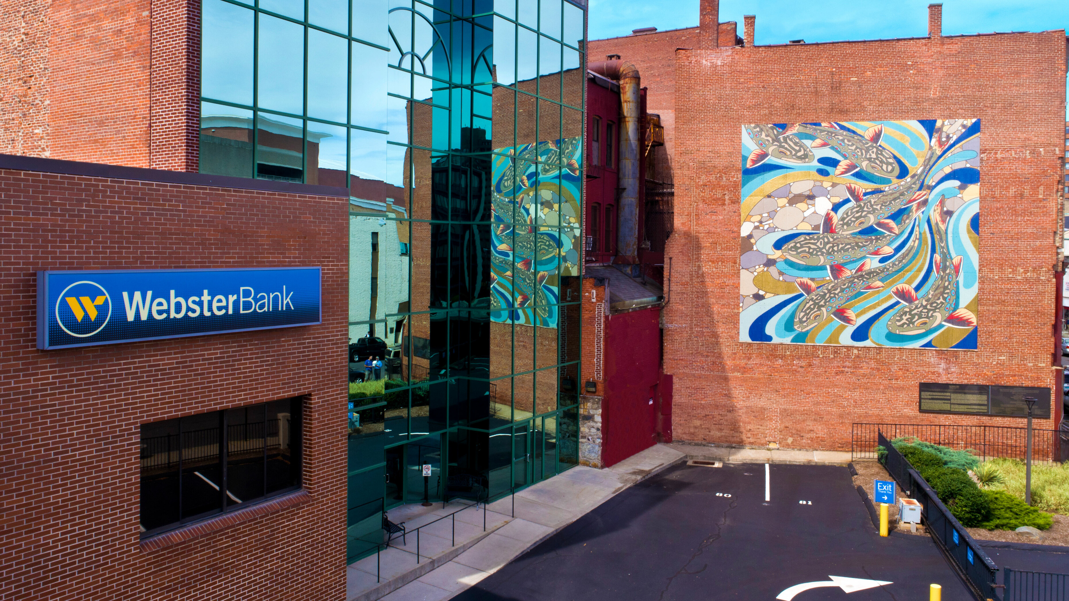 A public art mural on the side of a building in dowtown Waterbury, Connecticut.